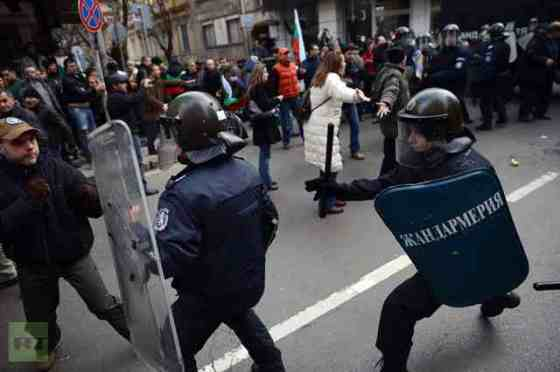 demonstrator-riot-policemen-protest-bulgarian-protests-subversive-press